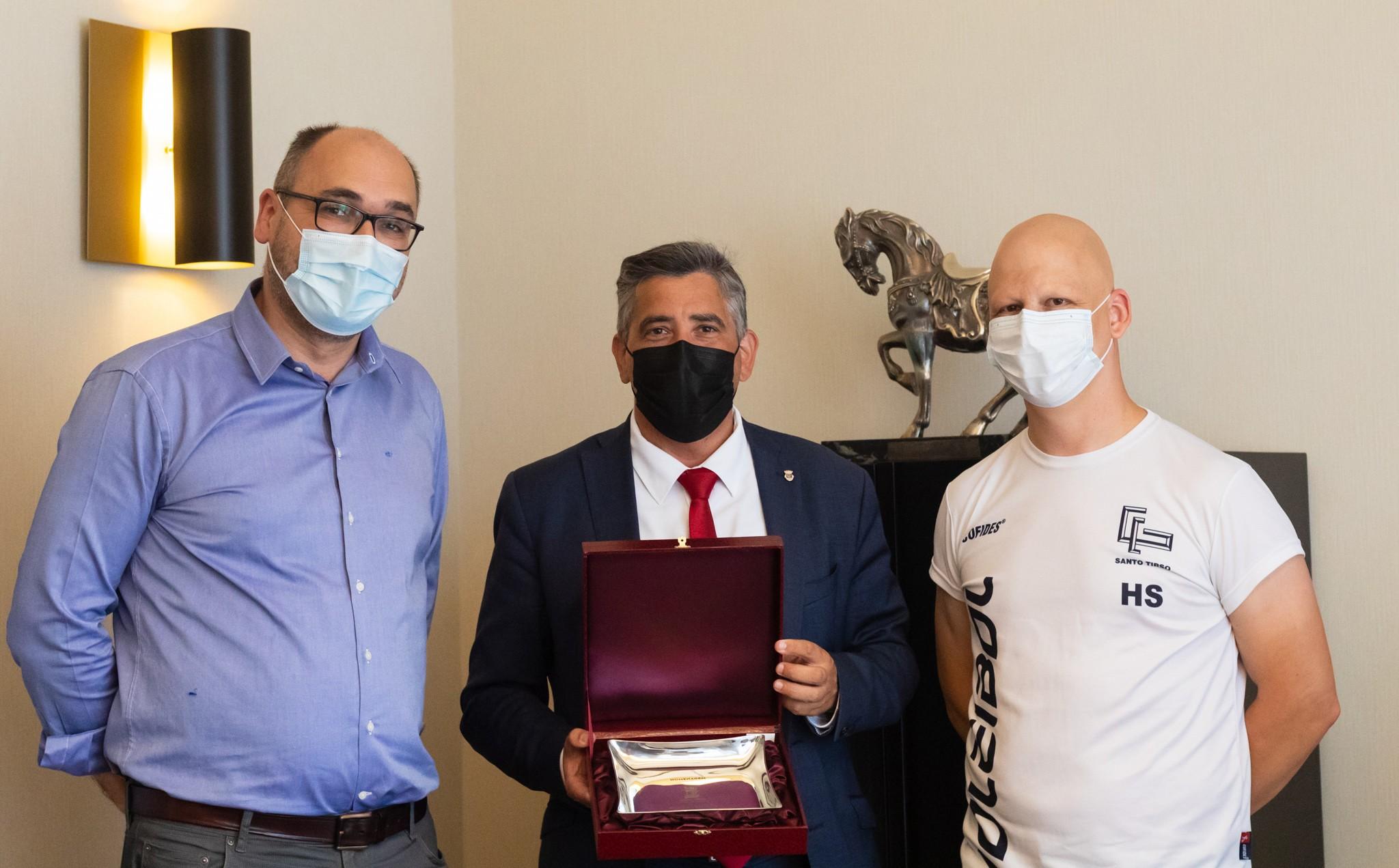 Ginásio Clube de Santo Tirso recebe voto de louvor municipal