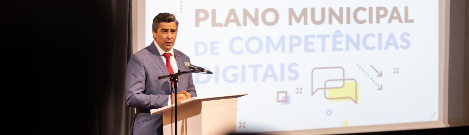 Plano Municipal para as Competências Digitais