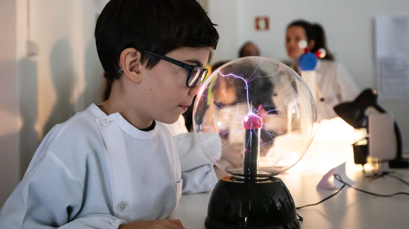 """Ciências Experimentais - """"Experimenta + Santo Tirso"""""""