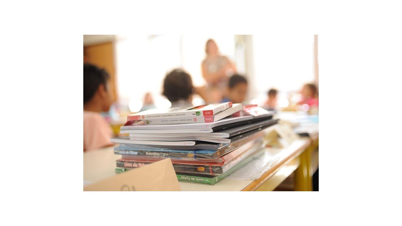 Reembolso de manuais escolares dos alunos do 1º CEB da rede privada | 13 setembro a 30 novembro 2021